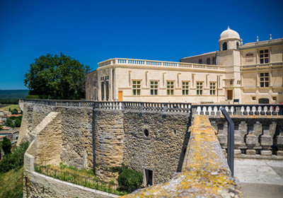 The castle of Grignan (15 Km):